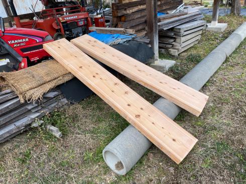 今日は、杉の製材をした。_d0190318_17070792.jpg