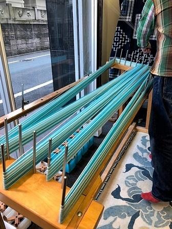 2021新企画に、木綿の綾織り着尺があります。_f0177373_18063733.jpg