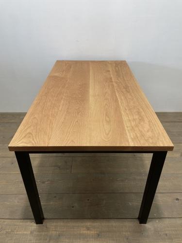 DININDG TABLE・BED FRAME_c0146581_10265971.jpg