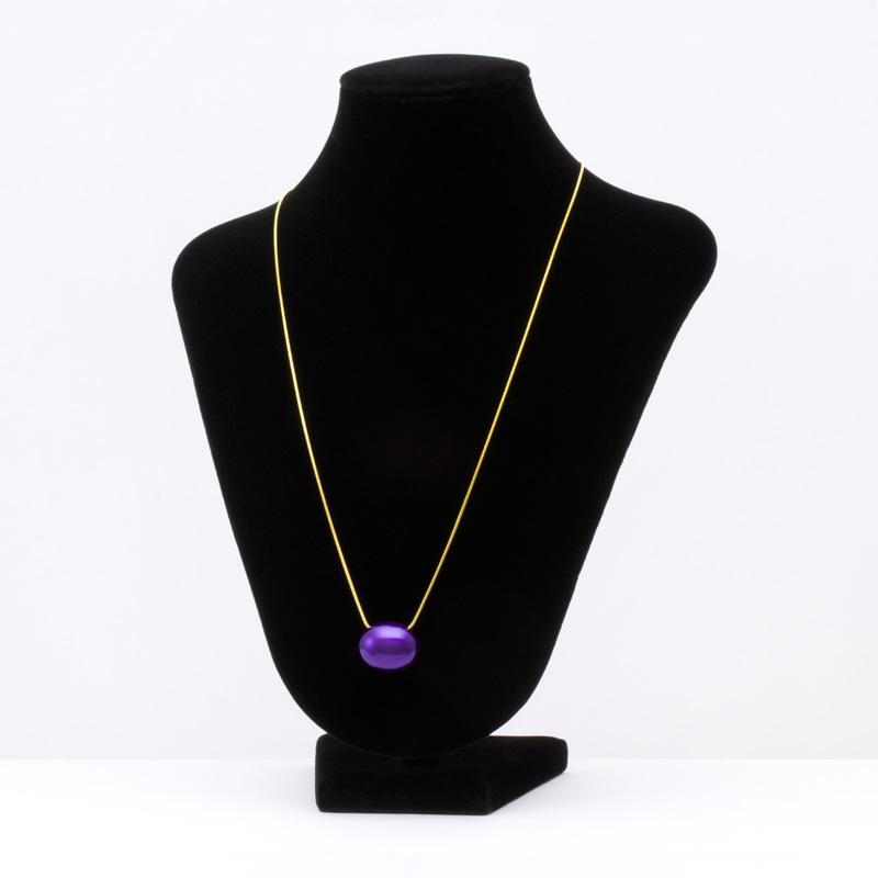 身につける漆 漆のアクセサリー ペンダント あけの実 本紫色 スライド式チェーンコード 坂本これくしょんの艶やかで美しくとても軽い和木に漆塗りのアクセサリー SAKAMOTO COLLECTION wearable URUSHI accessories pendants Akeno_Jewel True purple Adjustable Cord 小さな小さな玉子のような可愛らしいフォルムの軽く着け心地が楽とご好評のアイテム、発色良い上品でクールな印象のパープルカラー、便利なスライド式チェーンコードはお洋服に合わせて微妙な長さ調節が可能です。 #ペンダント #pendants #ネックレス #Necklace #あけの実 #本紫 #TruePurple #紫のペンダント #紫のアクセサリー #jewelry #軽いペンダント #SakamotoCollection