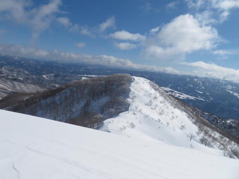 雪原が美しい 大日ケ岳 (1,708.9M)       登頂 編_d0170615_09192262.jpg