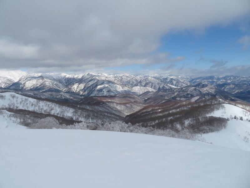 雪原が美しい 大日ケ岳 (1,708.9M)       登頂 編_d0170615_09201853.jpg