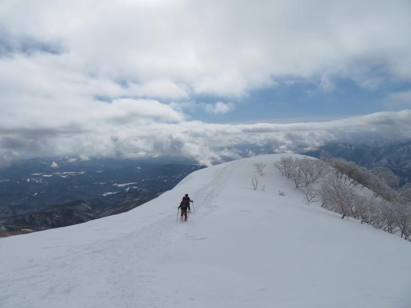 雪原が美しい 大日ケ岳 (1,708.9M)       登頂 編_d0170615_09203703.jpg