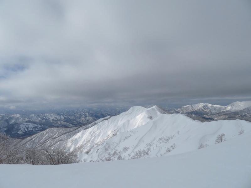 雪原が美しい 大日ケ岳 (1,708.9M)       登頂 編_d0170615_09204624.jpg