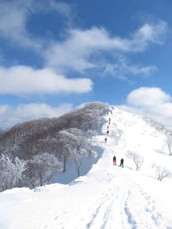 帰りも樹氷が美しかった 大日ケ岳 (1,708.9M)    下山 編_d0170615_19262535.jpg