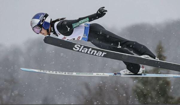 女子 スキー ジャンプ