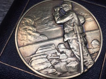 支那事変記念メダル 造幣局製の三越販売品。_a0154482_18310929.jpg