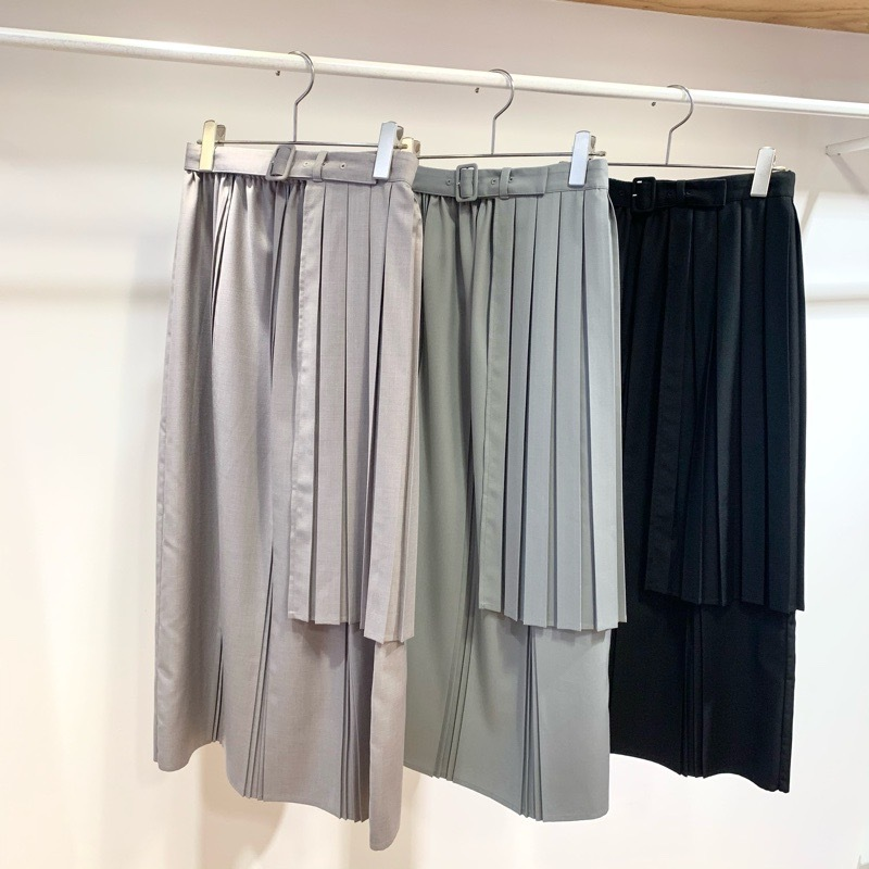 〔 fig London 〕chic apron skirt_a0389054_17454612.jpg