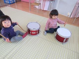 楽器であそぼう!_f0202388_11371803.jpg