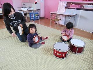 楽器であそぼう!_f0202388_11374223.jpg