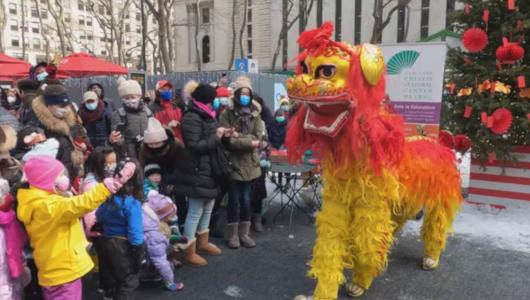 中国の伝統的な獅子舞とニューヨークの子どもたち_b0007805_23322199.jpg