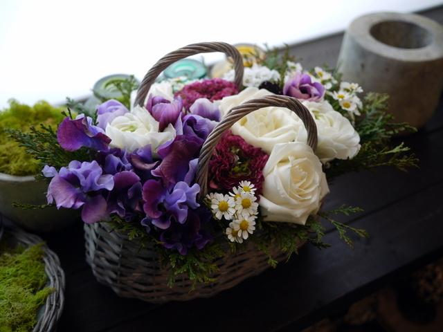 モモイ ヒトミさんのライブにアレンジメント。「青紫系のお花を使って」。2021/02/20。_b0171193_11474030.jpg