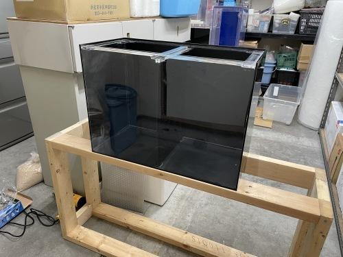 小型中古水槽入荷しました!_e0143096_11010226.jpg