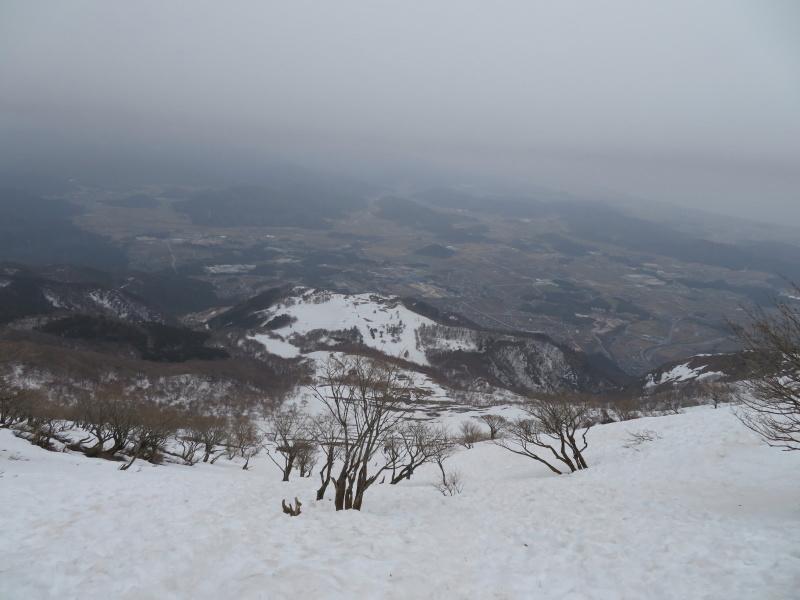雪の 伊吹山 (1,377.3M)    下山 編_d0170615_19090919.jpg