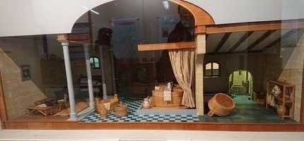 礒貝吉紀ドールハウスの魅力~小さな窓から大きな世界を~展開催 2月19日より4月20日まで_f0168873_23193833.jpg