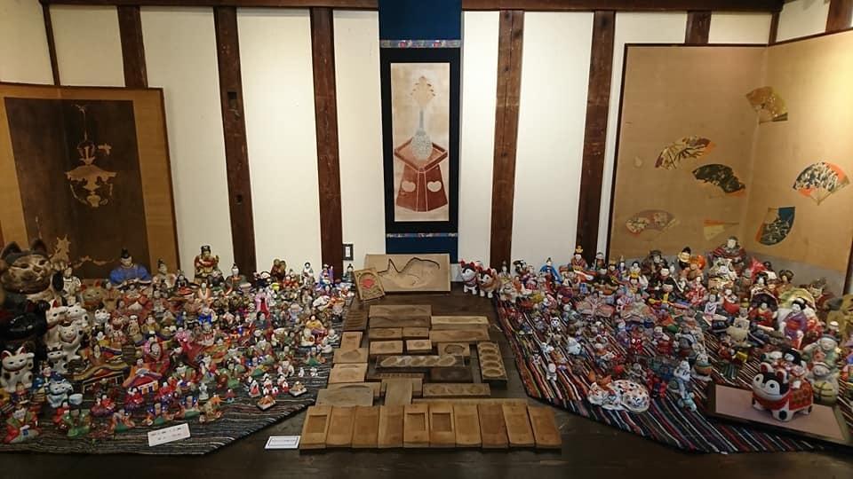 蔵織の雛人形&土人形展スタート!&いろいろなチラシ。_e0046190_16563051.jpg