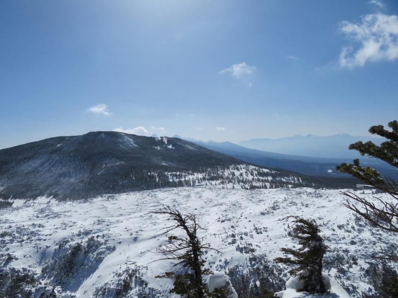 坪庭が美しい 北横岳 から  縞枯山 (2,403M) に向かう_d0170615_19510622.jpg