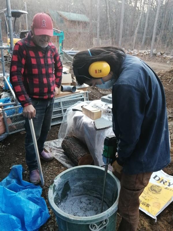 下水工事始まる! と 松ヤニハウス_d0180447_00171707.jpg