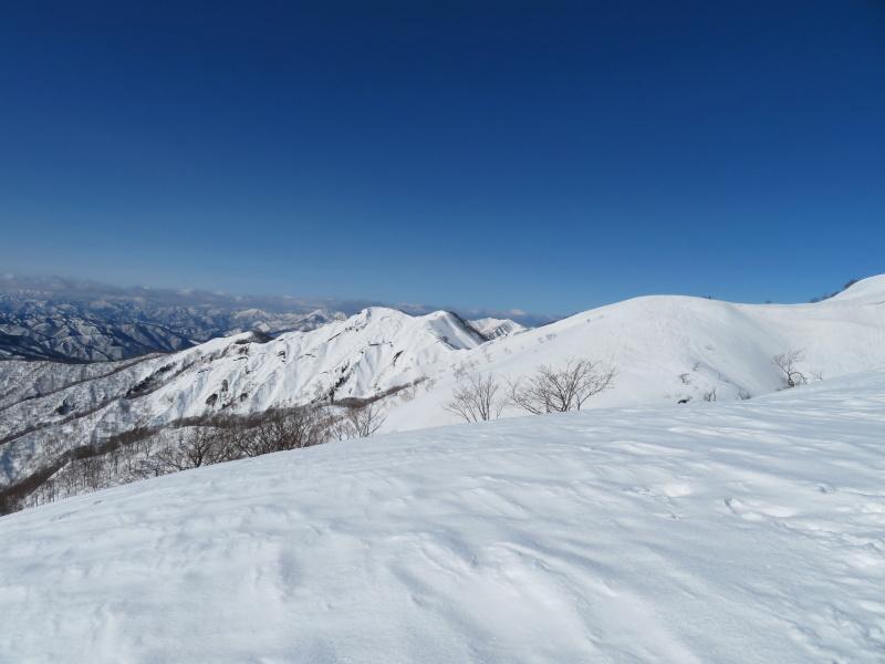 快晴の 大日ケ岳 (1,708M)     登頂 編_d0170615_21515349.jpg