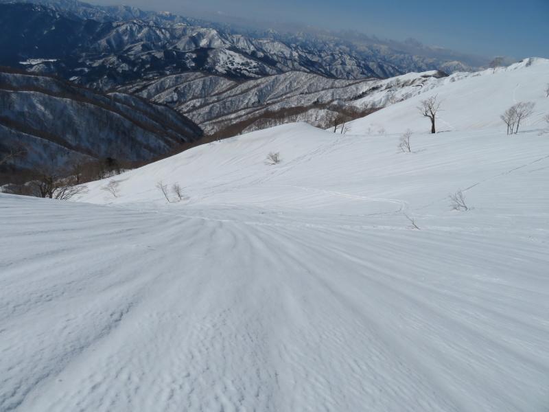 快晴の 大日ケ岳 (1,708M)     登頂 編_d0170615_21520487.jpg
