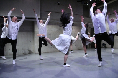 久々に観客ともども舞台を共有出来た「リンゴ企画」公演_d0178431_17183353.jpg