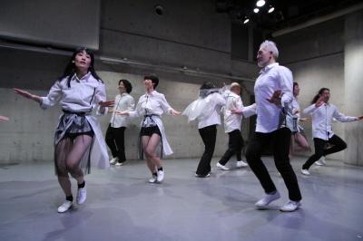 久々に観客ともども舞台を共有出来た「リンゴ企画」公演_d0178431_17264328.jpg