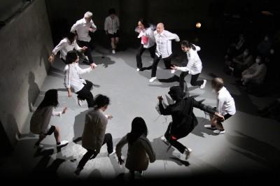 久々に観客ともども舞台を共有出来た「リンゴ企画」公演_d0178431_17475800.jpg
