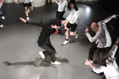久々に観客ともども舞台を共有出来た「リンゴ企画」公演_d0178431_17595185.jpg