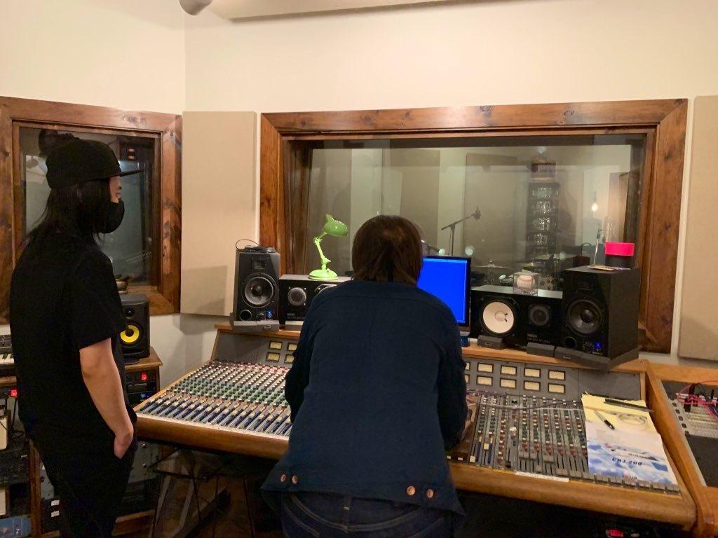 新しいアルバム「Here And Now」Album Update スタジオ再開!_a0150139_16102014.jpeg