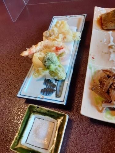 栴檀、二葉のお蕎麦_e0181051_17482961.jpg
