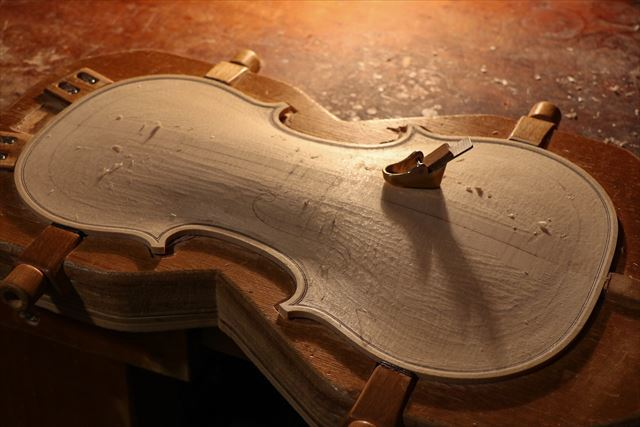クレモナの近況と、次回作ヴァイオリン。_d0047461_07534305.jpg