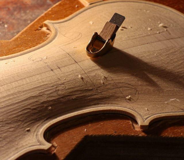 クレモナの近況と、次回作ヴァイオリン。_d0047461_07534310.jpg