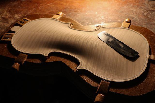 クレモナの近況と、次回作ヴァイオリン。_d0047461_07534397.jpg
