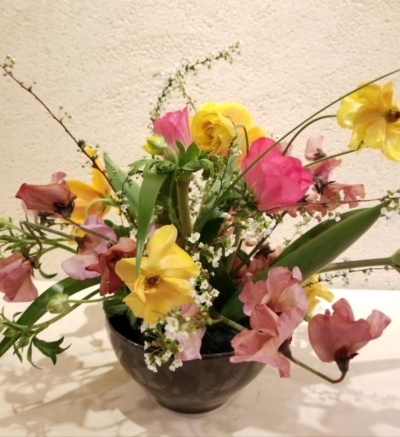 春の花のアレンジ_b0196913_15290430.jpg