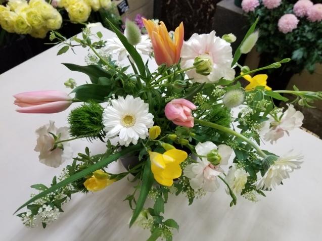 春の花のアレンジ_b0196913_15474361.jpg