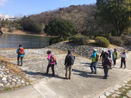 冬枯れの里山トレッキング 名谷~奥須磨公園~板宿」_c0218841_09585352.jpg