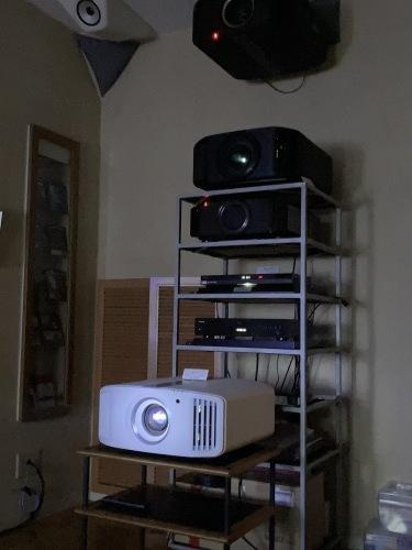 日曜日まで♩4K、8k/e-shiftプロジェクター&最新レーザーケーブルを視聴できます☆_c0113001_21435823.jpg