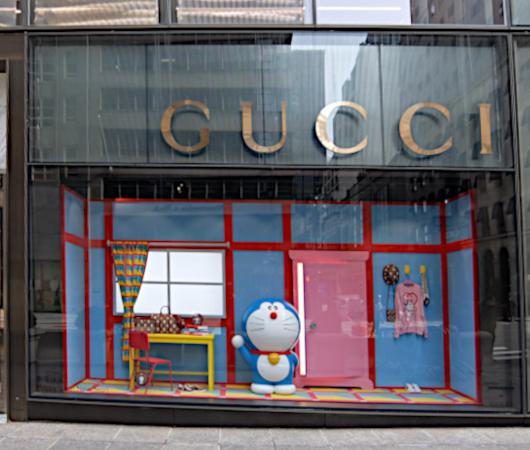 ニューヨークの五番街、GUCCI(グッチ)の旗艦店にドラえもん⁉_b0007805_05483291.jpg