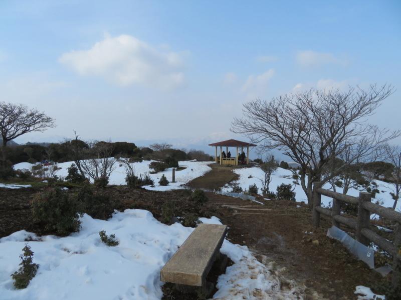 登山者が多かった 養老山 (859M)     登頂・下山 編_d0170615_22413274.jpg