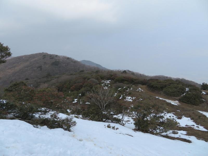 登山者が多かった 養老山 (859M)     登頂・下山 編_d0170615_22430977.jpg