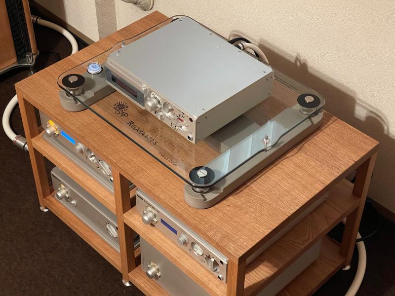 SOUNDPIT:オリジナルオーディオラックの納品_e0404728_17380359.jpg