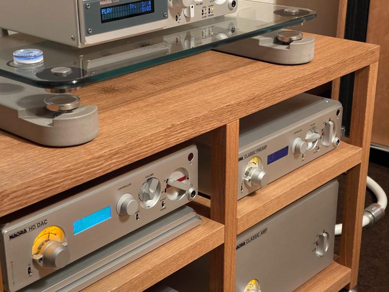 SOUNDPIT:オリジナルオーディオラックの納品_e0404728_17380525.jpg