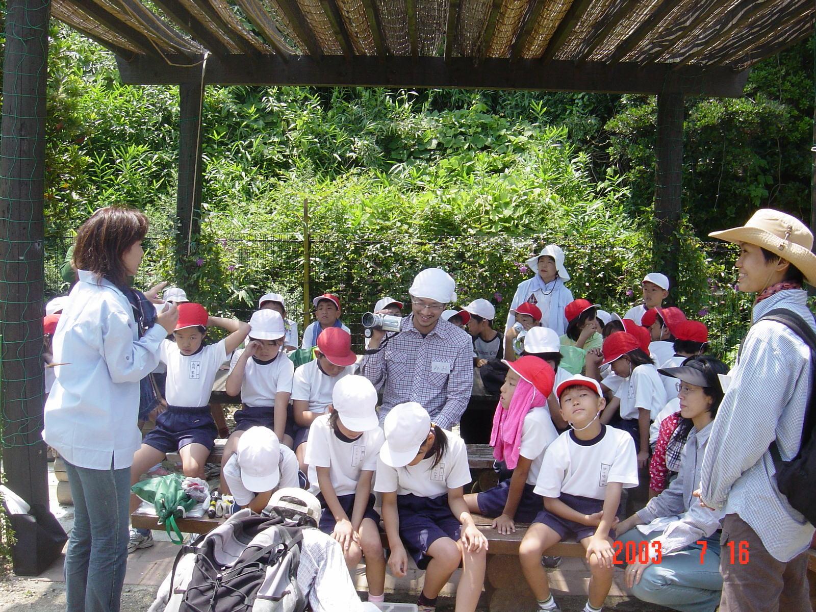 うみべの森の歴史⑭「2003年7月の活動」_c0108460_12322744.jpg