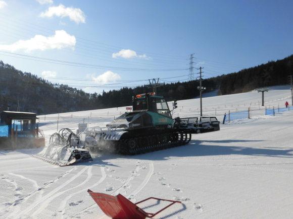 令和3年2月 27日(土)天気/晴 気温/-11℃ 風/無 積雪/60㎝ 滑走可能_e0306207_08163315.jpg