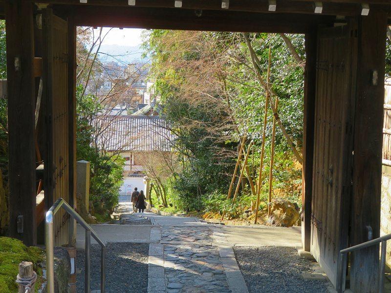 京都ぶらり町歩き(東山その③)20210227_e0237645_23023029.jpg