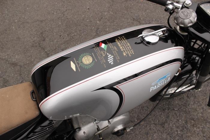 Parilla 250 Special 入荷_a0208987_11312881.jpg