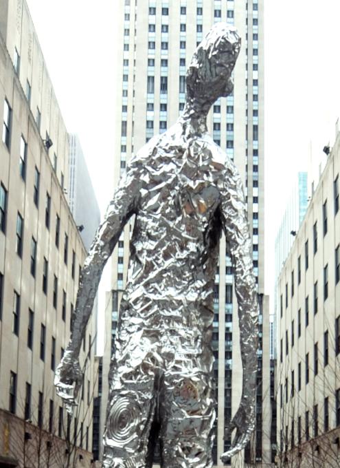 """ロックフェラー・センターに『見上げる』アート、""""Looking Up"""" by Tom Friedman_b0007805_23083648.jpg"""