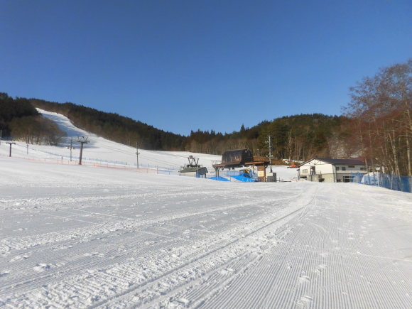 令和3年2月 28日(日)天気/晴 気温/-10℃ 風/無 積雪/60㎝ 滑走可能_e0306207_08185627.jpg