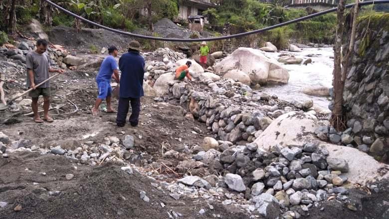 イフガオ州ハパオ村ナガワ集落の堤防修復プロジェクト〈中間報告〉_b0128901_15244161.jpg