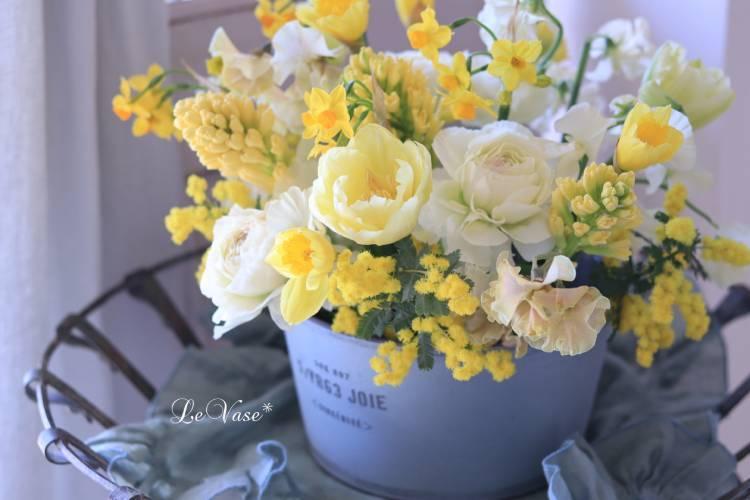 2月 Living flowerクラスのレッスン_e0158653_18025341.jpg